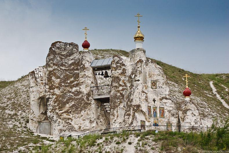 Svyato-Spassky-Convent-15