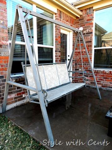 rustoleum spray painted rusty swing1