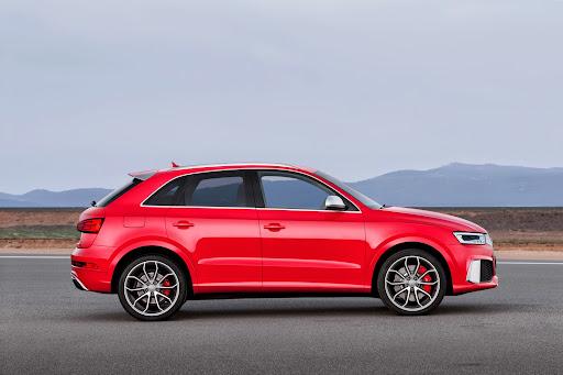 2015-Audi-RS-Q3-08.jpg