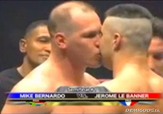 boxers kiss