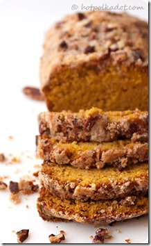 Maple-Pecan-Streusel-Pumpkin-Bread1