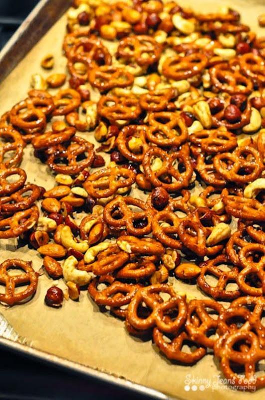 spiced_nuts_pretzels-1-2SJ