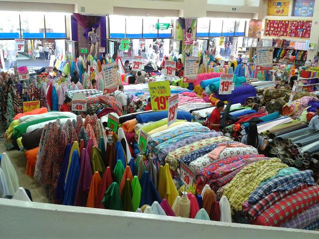 Maquina de coser buscar tiendas de telas baratas en madrid - Cortinas baratas barcelona ...