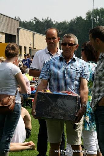 sss 18 familie en sponsorentoernooi 05-06-2011 (30).JPG