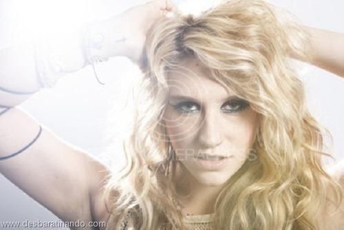 01/01/2010. Close Up Singer Ke$sh