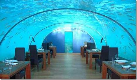 Ithaa-Underwater-Restaurant-Maldives-6