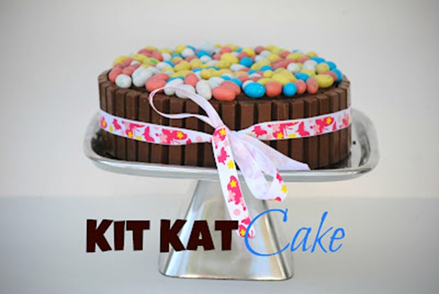 38 KitKat Cake