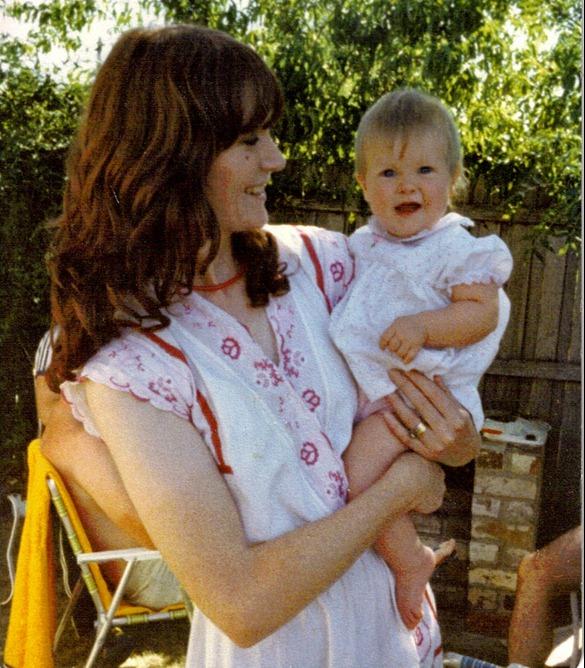 mum & i at mama's