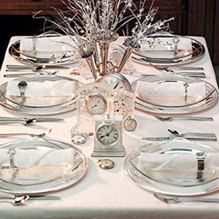 Nyårsdukning med klockor, New England Fine Living