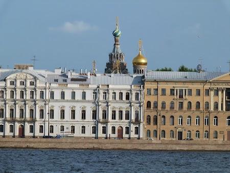 Obiective turistice St. Petersburg: turla catedrala ruseasca