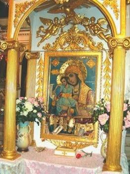 Συνεχίζεται η «ιερή» κόντρα για τη μεταφορά της Παναγίας της Δραπανιώτισσας