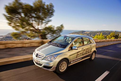 Mercedes-B-Class-F-Cell-01.jpg