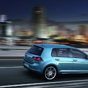 2013-VW-Golf-7-9.jpg