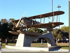 20131129_plane monument (Small)