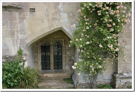040704_england_lacock_abbey668
