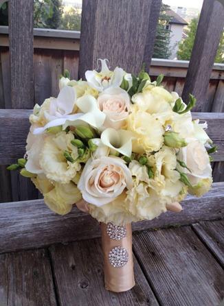381365_467646046599812_408886519_n flower artistry alberta canada facebook