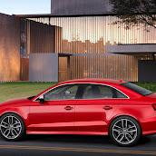 2014_Audi_S3_Sedan_9.jpg