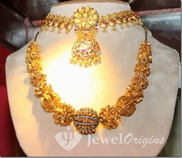 Gold_Necklace_Designs