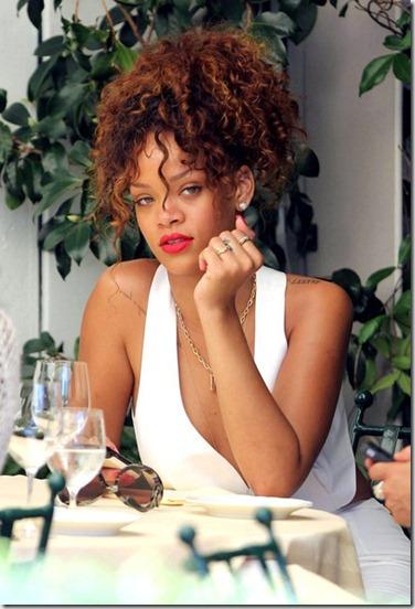Rihanna Rihanna Chuflay Bar Restaurant S4jyw6CZ4rxl