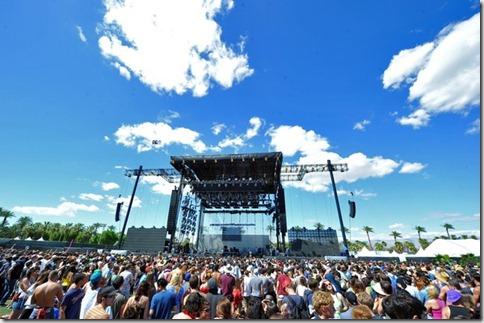 2012 Coachella Music Festival Day 2 NRF6z6oJ72wl