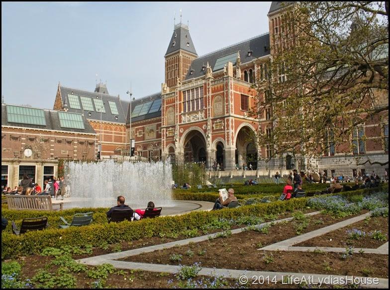 Rijks Museum Garden
