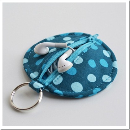 circle ear bud pouch tutorial