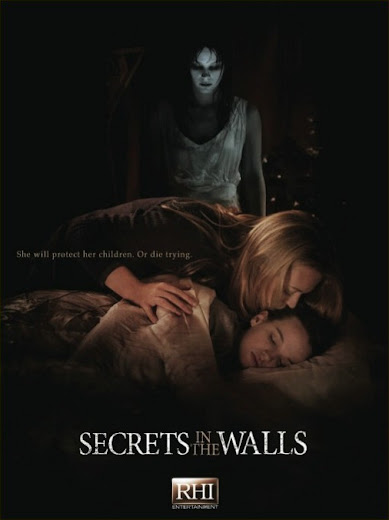 capa Secrets in the Walls
