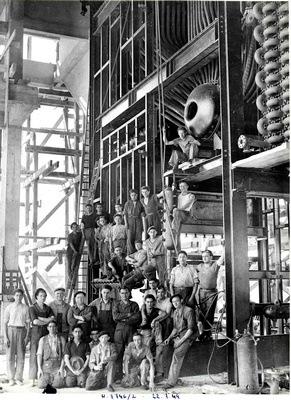 Construction de la centrale thermique de lusine de Sochaux en 1949