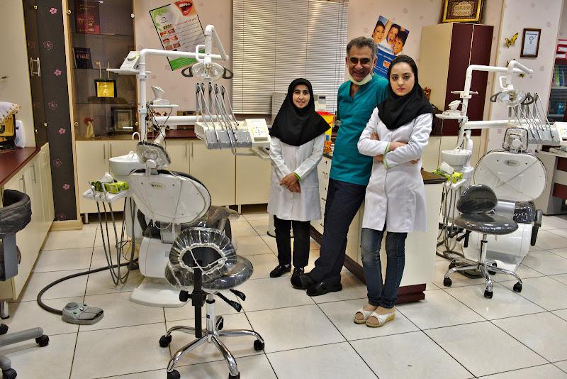 Al doilea dentist.