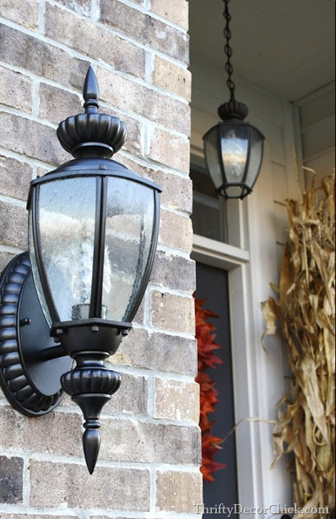 spray painted outdoor lights