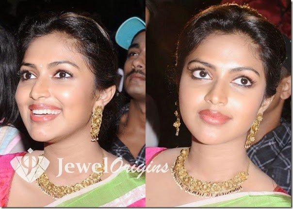 Amala_Paul_Gold_Jewellery