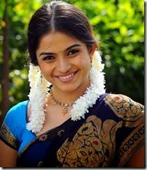 Sheena Shahabadi cute in saree