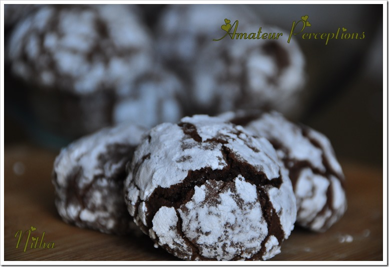Chocolate Crinkle Cookies 9