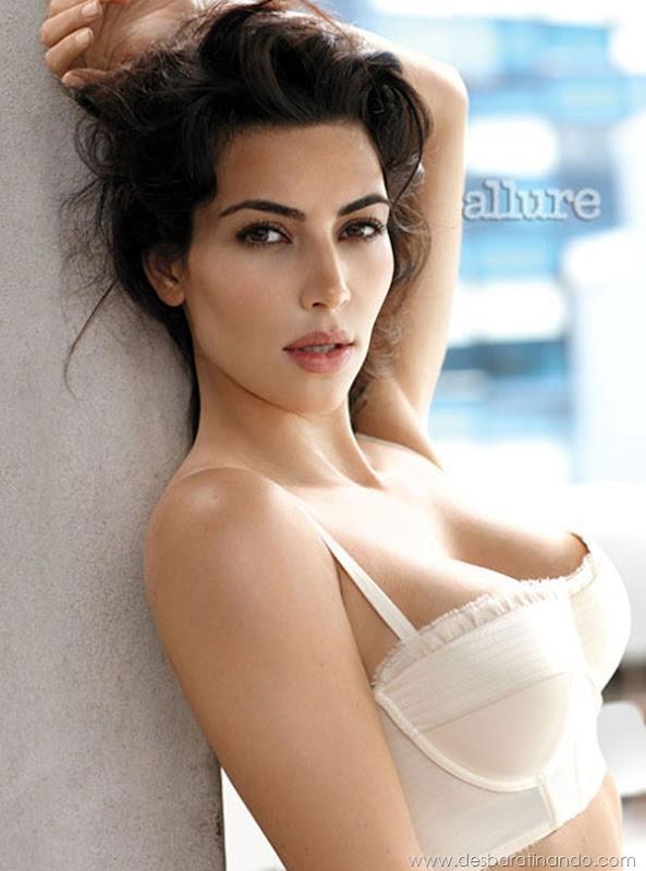 kim-kardashian-linda-sensual-sexy-sedutora-boob-peitos-decote-ass-bunda-gostosa-desbaratinando-sexta-proibida (140)