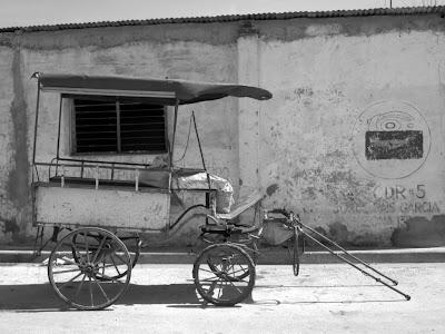 Horse cart, Bayamo.