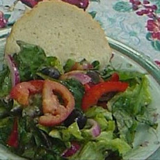 Linda's Italian Salad With Spicy Italian Dressing