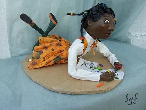 muñeca papel mache 17