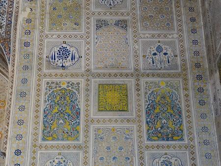 Orasul lui Timur Lenk: Arabescuri din moschee