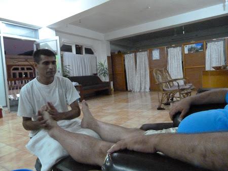 Relax Nepal: masaj nepalez la Pokhara