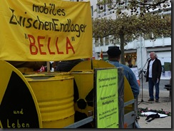 Rainer Pließ und BA-BI-BELLA, mahnen gegen Atommüll