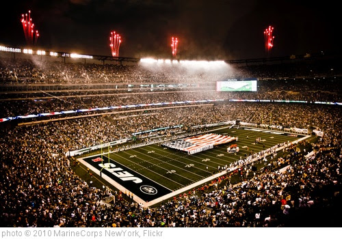 'Service members unfurl flag at NY Jets first home game in new stadium' photo (c) 2010, MarineCorps NewYork - license: https://creativecommons.org/licenses/by/2.0/
