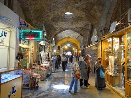 31. Bazar Esfahan.JPG
