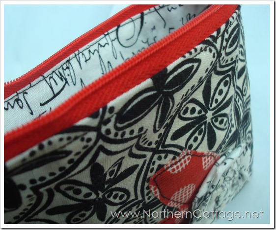 cute zipper pouch @ northerncottage.net