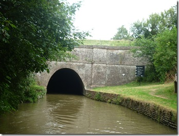 leaving crick tunnel