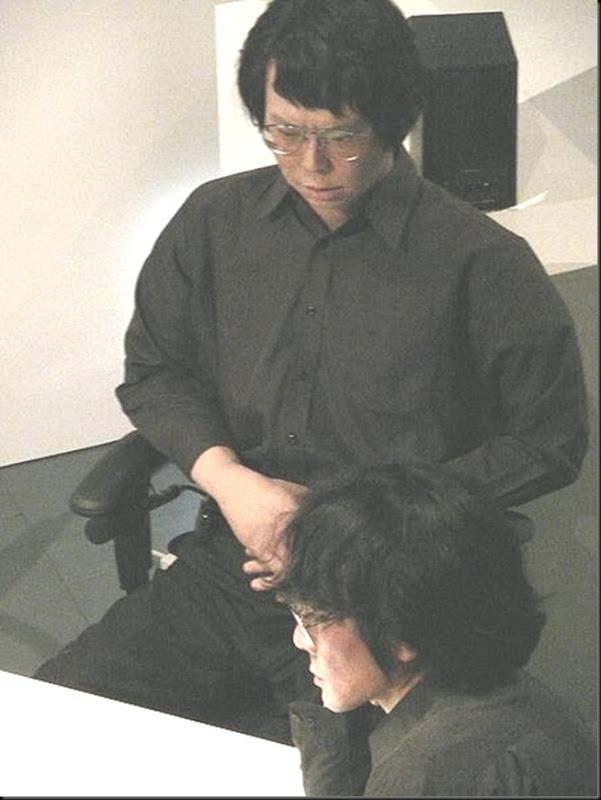 Hiroshi_Ishiguro_and_Geminoid_HI-1_at_AEC
