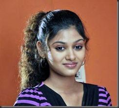 actress_oviya_latest_cute_still2
