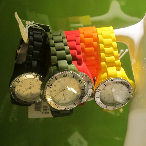 How fabulous are these watches? You can change the faceplate out of any $14 band.
