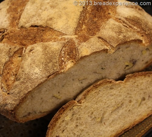 roasted-potato-rye-bread_230