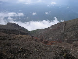 Climbing the tricky 3rd route from Pura Pasar Agung to the true summit(Daniel Quinn, September 2010)