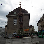 347 - Fuente junto a Marktplatz.JPG